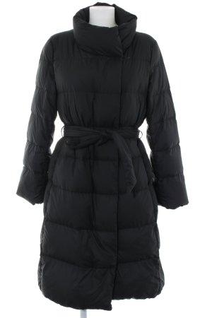 Uniqlo Abrigo de plumón negro estampado acolchado look casual