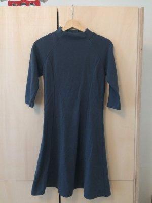 UNIQLO eisbärblaues Kleid aus Japan