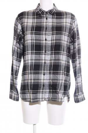 Uniqlo Lumberjack Shirt black-white allover print casual look