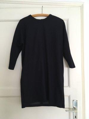 Uniqlo Kleid aus festem Stoff M 38