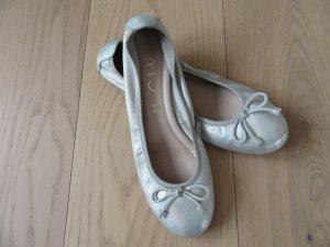 Unisa Ballerinas in silbermetallic Optik *38*