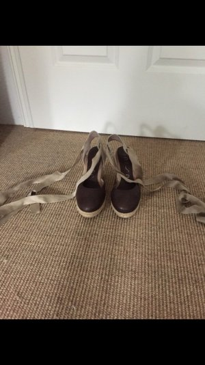 Unisa hohe Schuhe zum schüren