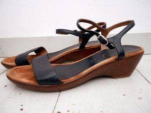 UNISA: Keil Sandaletten * Leder * Schwarz * Riemchen * Wedges * 40