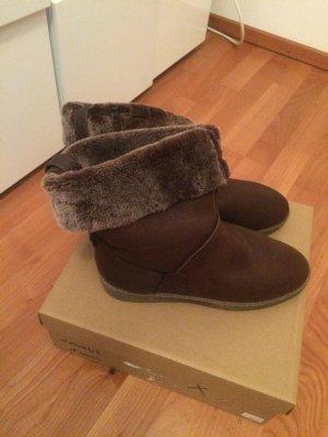 UNISA Lammfell Boots - Neu