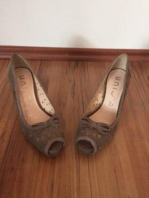 Unisa Leder Pumps high Heels Schuhe 38 beige Blumen peep toe