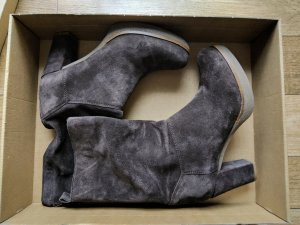 Unisa Short Boots grey brown leather