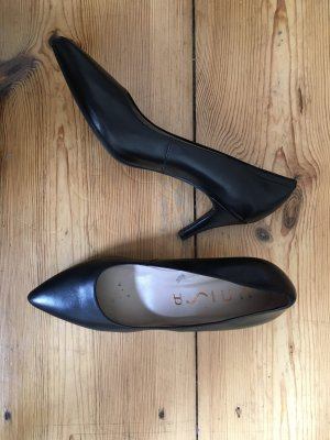 Unisa Pointed Toe Pumps black