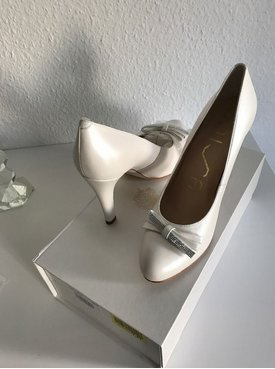 Unisa High Heels white leather