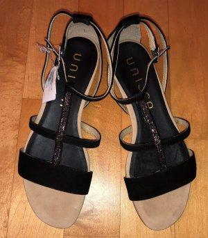 Unisa Strapped High-Heeled Sandals black leather