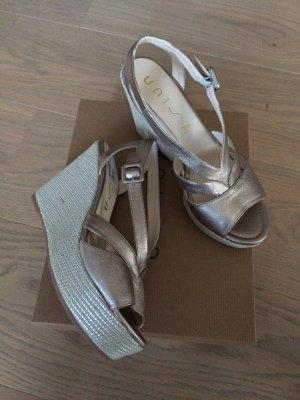 "UNISA Sandaletten ""Mistor"", Leder, Metallic-Look, Keilabsatz *NEU*"