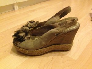 UNISA Satin Wedges Gr. 38