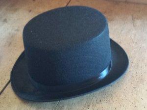 Sombrero de copa negro