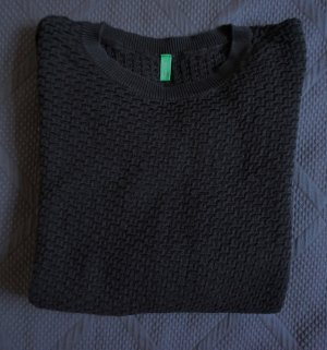 United Colors of Benetton strukturierter Pullover in Göße XS