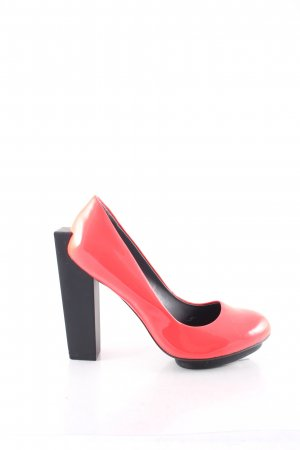 United nude Plateau-Pumps neonrot Street-Fashion-Look