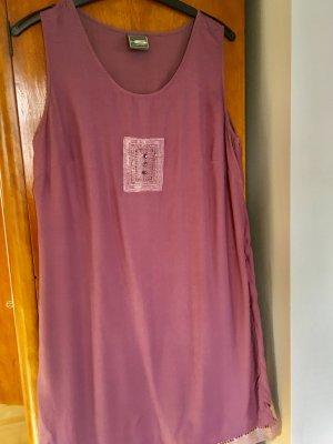 Unkompliziertes Kleid aus Viskose