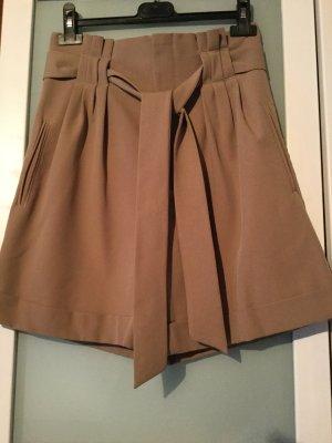UNQ - Leichte Shorts