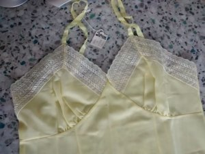 Undergarment neon yellow
