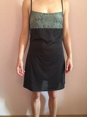 Unterkleid in Schwarz