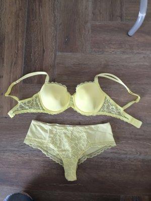 Chantelle Ensemble de lingerie jaune
