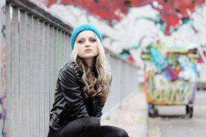 Chapeau en tricot multicolore fibre synthétique