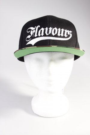 Urban Flavours Cap mit Camouflage-Muster