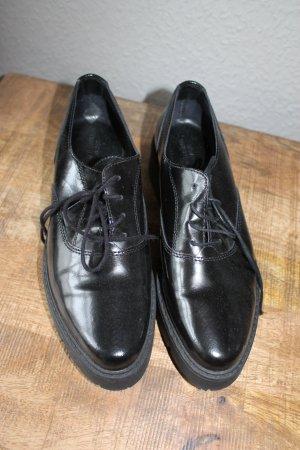 Urban Outfitters Loafer Schwarz Leder Gr. 38
