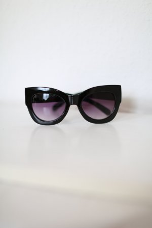 Urban Outfitters Sonnenbrille Vintage Look schwarz 60s Blogger