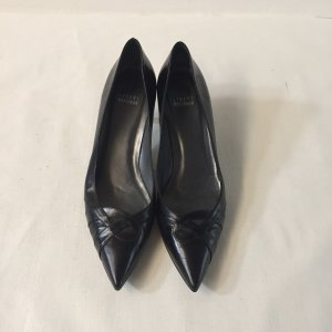 Stuart weitzman Pointed Toe Pumps black leather