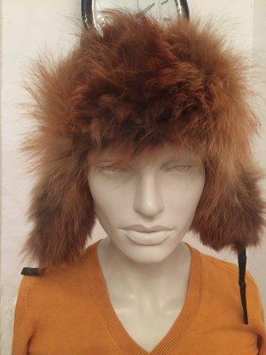 Cappello in pelliccia nero-arancione chiaro