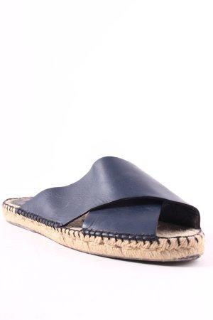 Uterqüe Pantoletten dunkelblau-creme Street-Fashion-Look