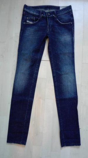 UVP: DIESEL Jeans | Modell Clush W26 L32