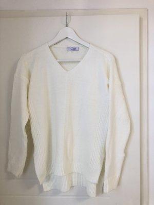 V-Ausschnitt weißer Strick Pullover
