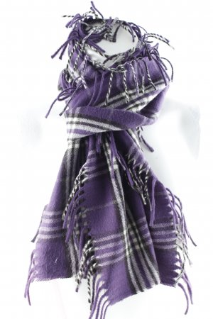 V. Fraas Cashmere Scarf check pattern casual look