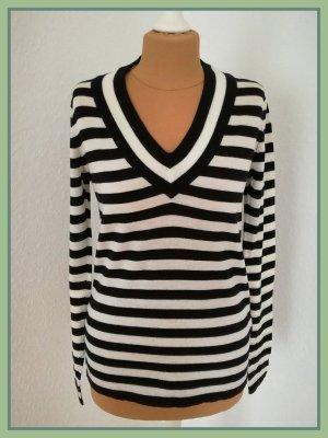 V-Pullover von Lacoste