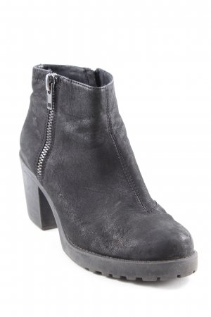Vagabond Ankle Boots black casual look