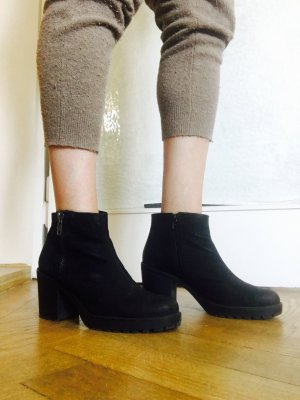 Vagabond Booties in Rauleder mit Blockabsatz