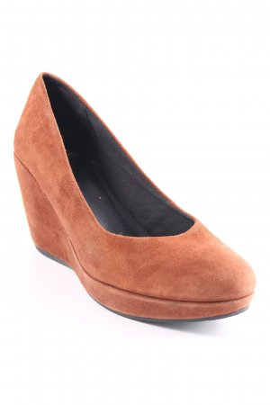 Vagabond Keil-Pumps cognac Party-Look
