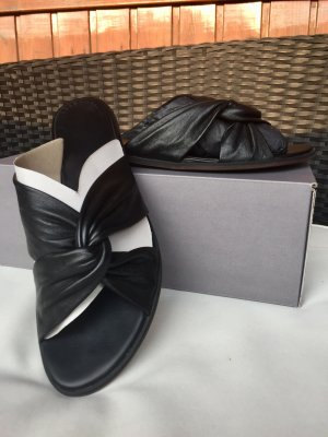 Vagabond Mules black leather