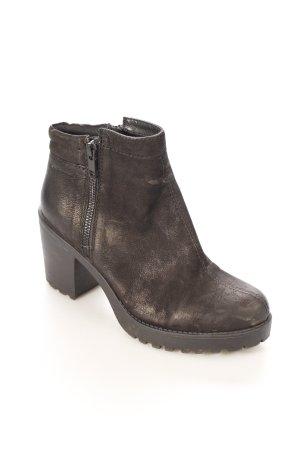 Vagabond Plateau-Stiefeletten schwarz Street-Fashion-Look