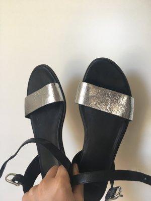 VAGABOND Sandale mit Silberriemchen, Größe 38