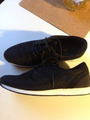 Vagabond Sneaker Stil Adidas Schwarz weiße Sohle schick