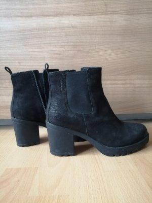 Vagabond Booties black leather