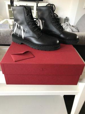 Valentino Chelsea Boots black