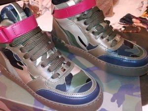 Valentino Garavani 36 Camouflage Sneaker High Top