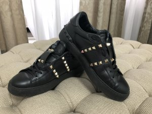 Valentino Lace-Up Sneaker black leather