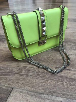 Valentino Glam Lock Bag in Limonengrün, Leder, Luxus Rockstud Blogger