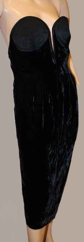 VALENTINO Haute Couture KLEID schwarz Samt Gr. 36