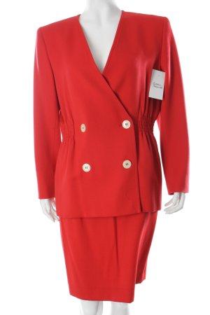 Valentino Kostüm rot