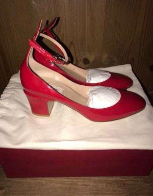 Valentino Tacones Mary Jane rojo