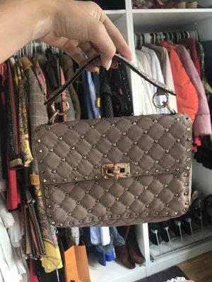 Valentino Rockstud Tasche in mittelgroß